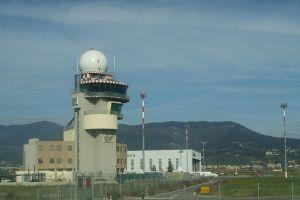 800px-Aeroporto_di_firenze,_torre_di_controllo_0