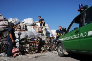 corpo-forestale-stato-stracci-traffico-rifiuti-15