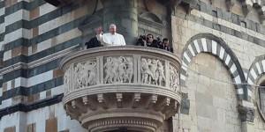 il-papa-a-prato-ricorda-le-vittime-dell-incendio-al-capannone-600x300