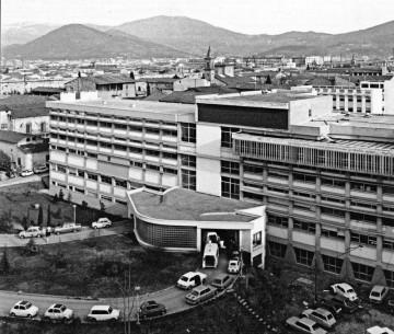 ospedale-misericordia-e-dolce-foto-storica-complesso-da-demolire