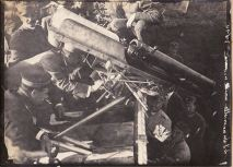 il montaggio del cannone sull'M6 - giugno 1916- archivio Osti